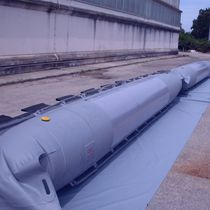 Pollution control boom / inflatable / floating