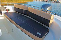 Cockpit cushion / for boats