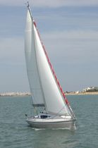 Cruising sailboat / open transom / 2-cabin / with bowsprit