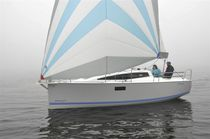 Cruising sailboat / open transom / 6-berth / twin keels