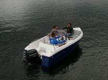 Outboard center console boat / side console / open / 5-person max.