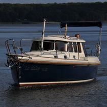 Inboard cabin cruiser / 4-berth
