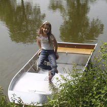 Aluminum small boat / outboard