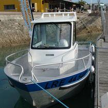 Outboard walkaround / sport-fishing / aluminum