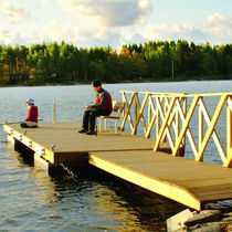 Dock gangways / standard / with handrails / wooden