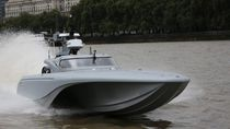 Patrol unmanned surface vehicle / monohull