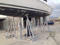 Sailboat cradles / adjustable tilt
