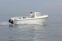 Outboard center console boat / side console / sport-fishing / 8-person max.
