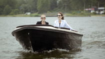 Outboard runabout / electric / dual-console