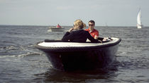 Outboard runabout / electric / dual-console / 6-person max.