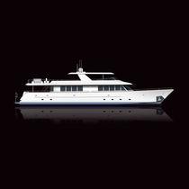 Cruising motor yacht / flybridge / epoxy / 4-cabin