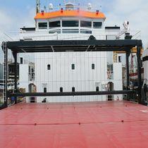 Hatch cover crane / for ships / gantry