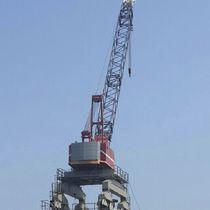 Lattice crane / shipyard / boom