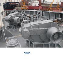 Ship windlass / horizontal / electric / single-drum