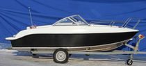 Outboard runabout / bowrider / 5-person max.