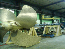 Ship propeller / controllable pitch / shaft drive