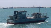 Aluminum oil spill recovery barge / inboard