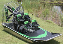 air-boat : passenger tour boat DEMO 31 Diamond Back Airboats