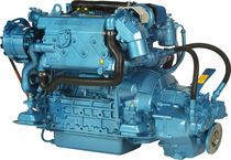 boat engine : in-board diesel engine 50 - 60 hp (indirect injection, turbocharged) N4.60 (60 HP @ 2800 RPM) Nanni Industries