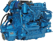boat engine : in-board diesel engine 80 - 90 hp (indirect injection, turbocharged) N4.85 (85 HP @ 2800 RPM) Nanni Industries