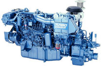 boat engine : in-board diesel engine 300 - 400 hp (indirect injection, turbocharged) UM6HE1TCX (235 KW @ 2700 RPM -> 257 KW @ 2800 RPM) Isuzu motors