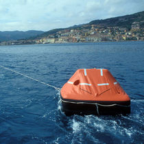 boat liferaft 4-12 Eurovinil