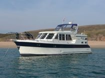 canal boat : trawler 40' SUNDECK LBC Adagio Yachts