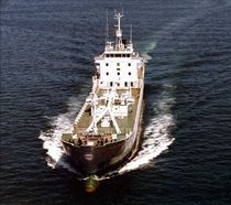 cargo ship : cement ship (shipyard) 3485 DWT / FORMENTOR Factorias Juliana, S.A.U.