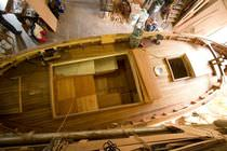classic boat : open boat (wooden) RENOVATION BOIS CHANTIER NAVAL BORG - Marseille