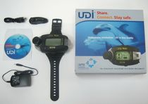 communicating wristwatch dive computer (text messages, S.O.S., 3D compass, PC simulator) UDI Underwater Technologies Center