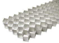 core material : honeycomb (aluminium)   Cel Components s.r.l. 