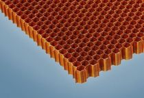 core material : honeycomb (aramid - nomex&reg;) PN1 Plascore GmbH &amp; Co.KG