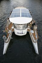 electric boat : sightseeing boat (catamaran, solar energy) AQUABUS C60 - 85 pax. Grove Boats