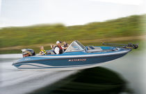 fish and ski boat : outboard runabout 486 SF Stratos