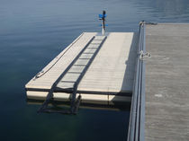 floating boat lift  Ports Equipements