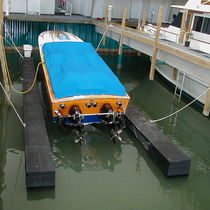 floating boat lift BOATFLOAT® BoatFloat