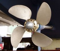 folding boat propeller (4 blades, shaft-drive or saildrive) VARIFOLD Bruntons Propellers