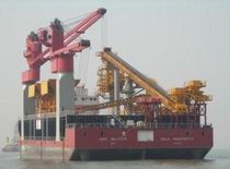 grab ship unloader (gantry type)  TTS Marine