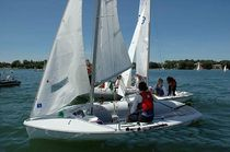 ISAF class sailing dinghy : 420 CLUB Performance sailcraft 2000
