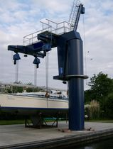 lifting crane for boats SRC 420 Schilstra Boatlift Systems