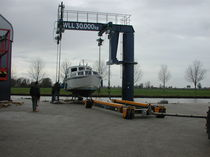 lifting crane for boats AQUA-TERRA 30 Hydrotrans