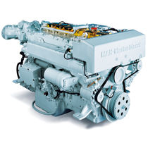 luxury yacht engine : in-board diesel engine 700 - 800 hp (common-rail, turbocharged) LIGHT DUTY R6 (730 -&gt; 800 HP @ 2300 RPM) Man Nutzfahrzeuge AG