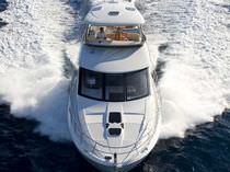 luxury yacht : flybridge motor-yacht 541 SEDAN Meridian Yachts