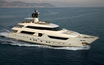 luxury yacht : semi-displacement super-yacht SD 122 Sanlorenzo of the Americas LLC&nbsp;