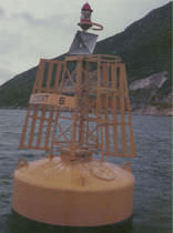 mooring buoy (with signalling light)  Griffin-Woodhouse