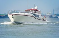 motor-boat : flybridge express-cruiser K 46 Klingenburg, Abteilung Yachtbau
