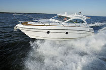 motor-boat : hard-top in-board cabin-cruiser (6 berth) 31 OC Grandezza