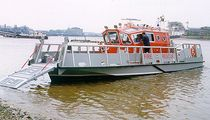 motor-boat : landing craft (fire- / rescue-boat) ALN 021 - WAVE RESPONDER CLASS Alnmaritec