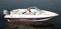 motor-boat : outboard bow-rider runabout 170 SE O/B Grew