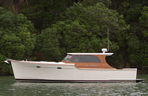 motor-boat : express-cruiser (downeast) SOUTHSTAR 37 Salthouse Boatbuilders